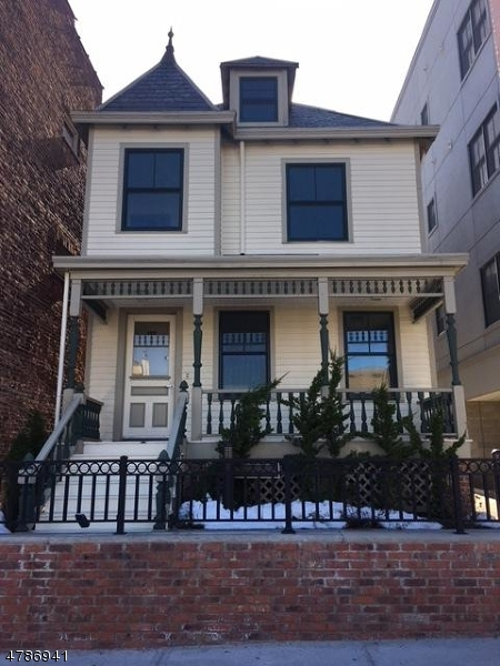 Single Family Home for Rent at 192 BLOOMFIELD Avenue Montclair, New Jersey 07042 United States