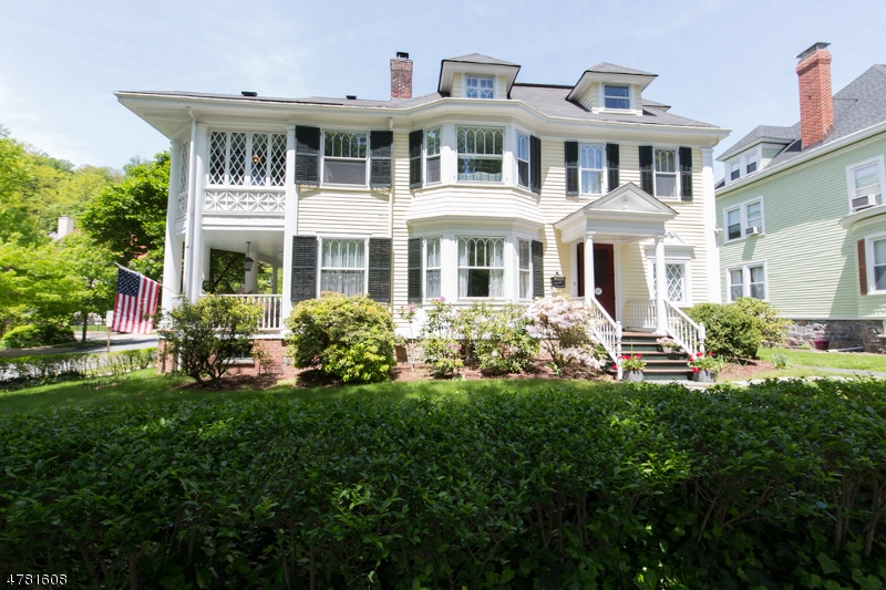 Casa Unifamiliar por un Venta en 19 Wetmore Avenue Morristown, Nueva Jersey 07960 Estados Unidos