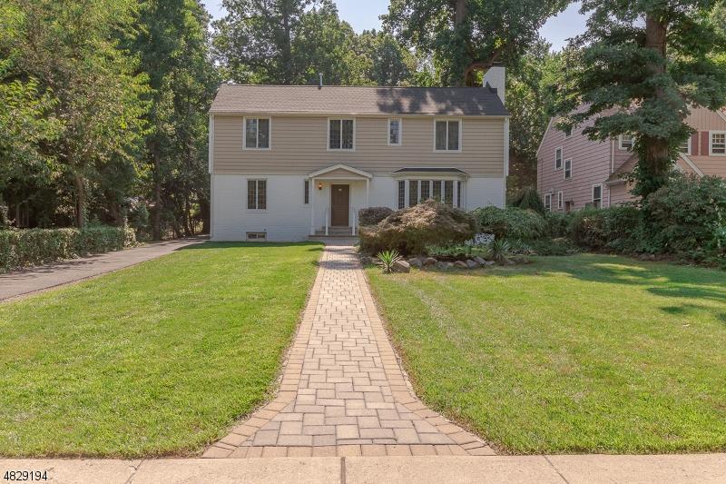 独户住宅 为 销售 在 Address Not Available East Orange, 新泽西州 07017 美国