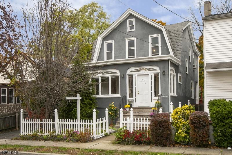 Maison unifamiliale pour l Vente à 587 MORRIS Street Orange, New Jersey 07050 États-Unis