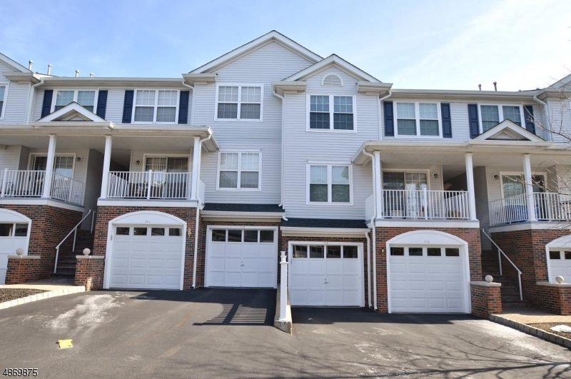 Condo / Townhouse for Sale at 714 BUCKLAND Court Denville, New Jersey 07834 United States