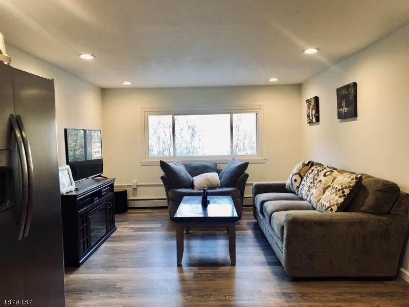 Tek Ailelik Ev için Satış at 64 PERONA Road Andover, New Jersey 07821 Amerika Birleşik Devletleri