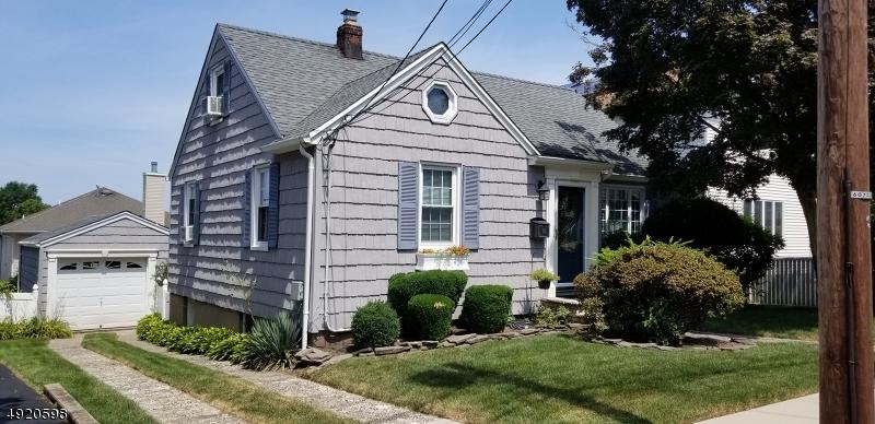 Single Family Homes für Verkauf beim Address Not Available Wood Ridge, New Jersey 07075 Vereinigte Staaten