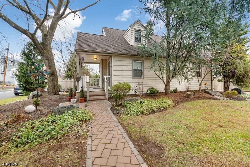 Single Family Homes por un Venta en Middlesex, Nueva Jersey 08846 Estados Unidos