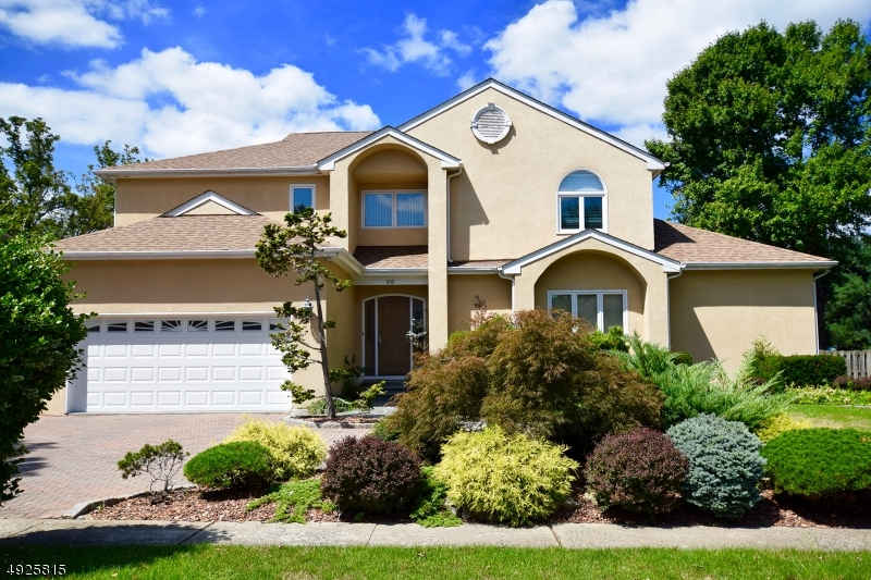 Single Family Homes for Sale at Springfield, New Jersey 07081 United States