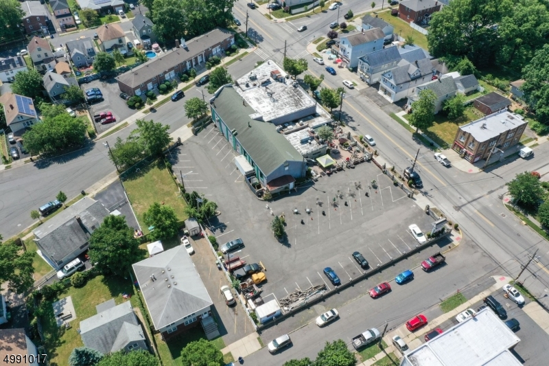 Commercial for Sale at Linden, New Jersey 07036 United States