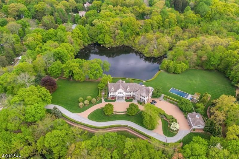 Single Family Homes voor Verkoop op Franklin Lakes, New Jersey 07417 Verenigde Staten