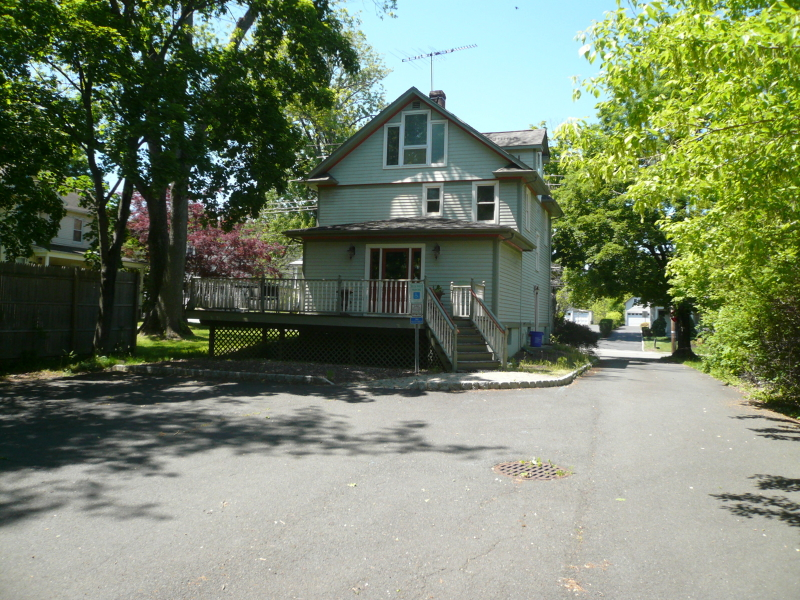 Additional photo for property listing at 432 Main Street  Bedminster, Nueva Jersey 07921 Estados Unidos