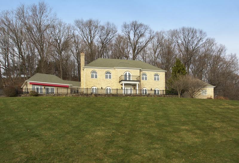 Частный односемейный дом для того Продажа на 3 Alpaugh Farm Road Lebanon, 08833 Соединенные Штаты
