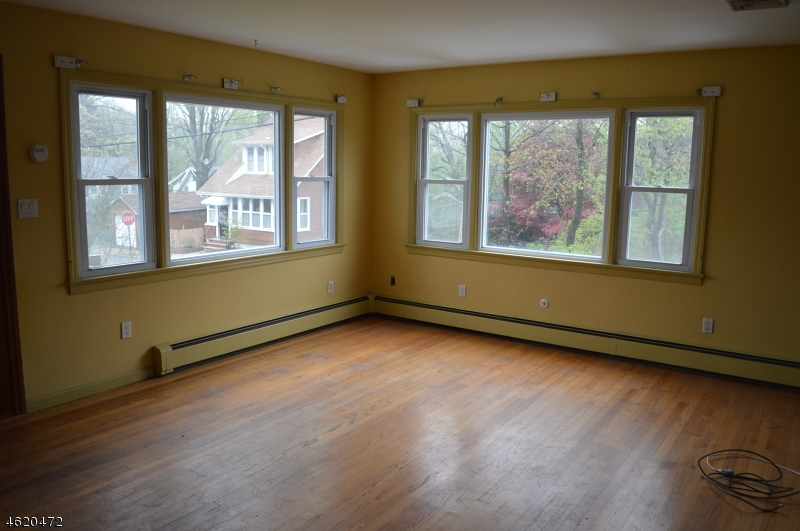 Additional photo for property listing at 25 Pearl Street  Bloomingdale, New Jersey 07403 United States