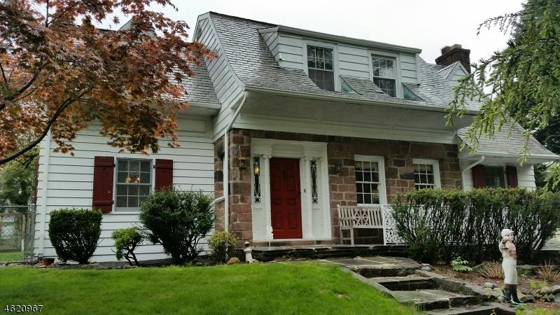 独户住宅 为 销售 在 150 Rock Road 霍桑, 新泽西州 07506 美国