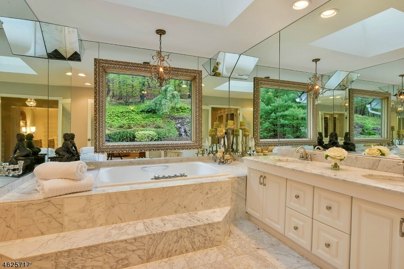 Additional photo for property listing at 812 Sussex Road  Franklin Lakes, Nueva Jersey 07417 Estados Unidos