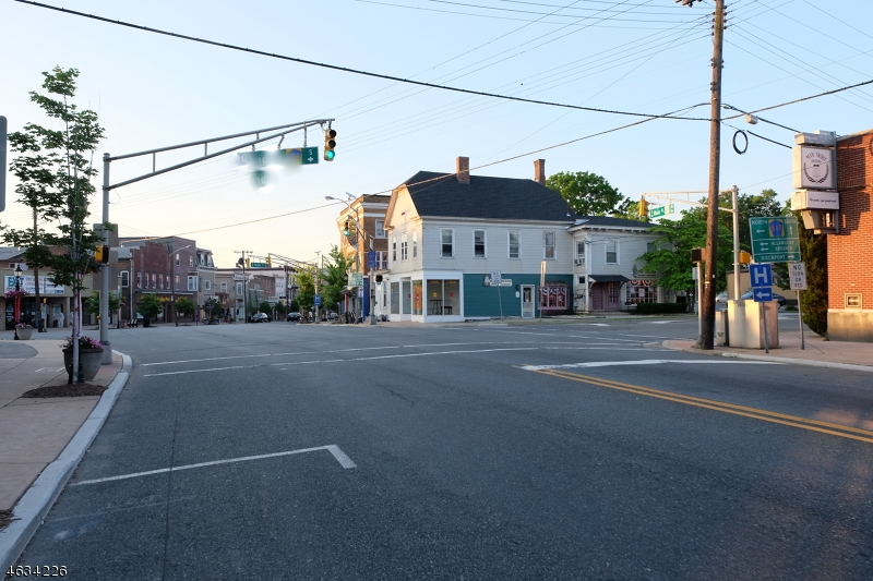 Additional photo for property listing at 130-140 MAIN Street  Hackettstown, Nueva Jersey 07840 Estados Unidos