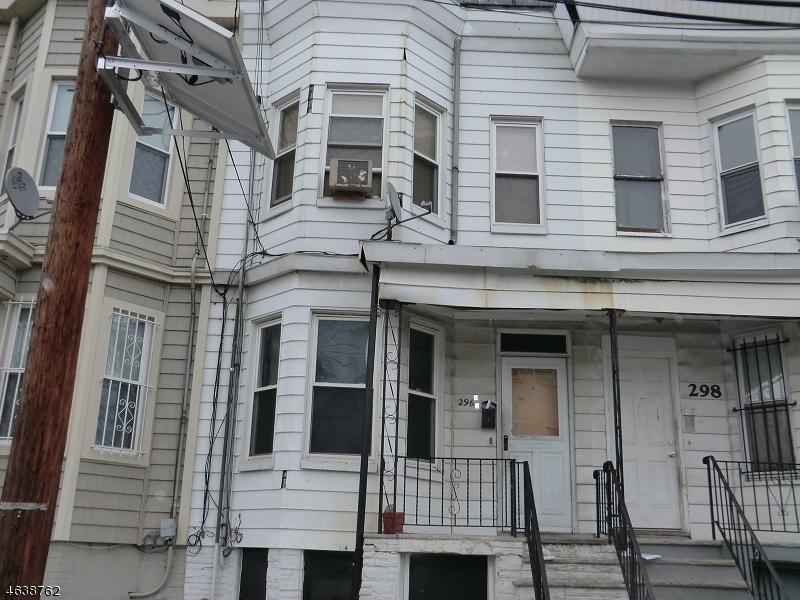 Частный односемейный дом для того Продажа на 296-S 9TH Street Newark, Нью-Джерси 07103 Соединенные Штаты