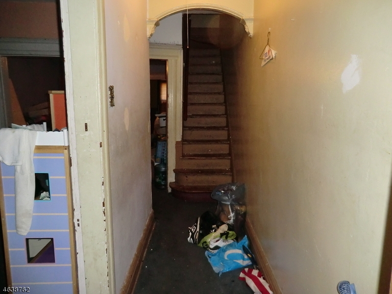 Additional photo for property listing at 296-S 9TH Street  Newark, New Jersey 07103 United States