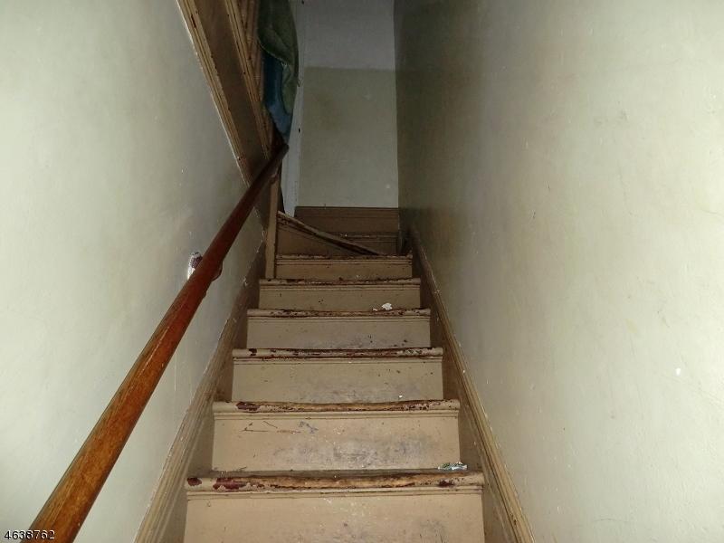 Additional photo for property listing at 296-S 9TH Street  Newark, Нью-Джерси 07103 Соединенные Штаты