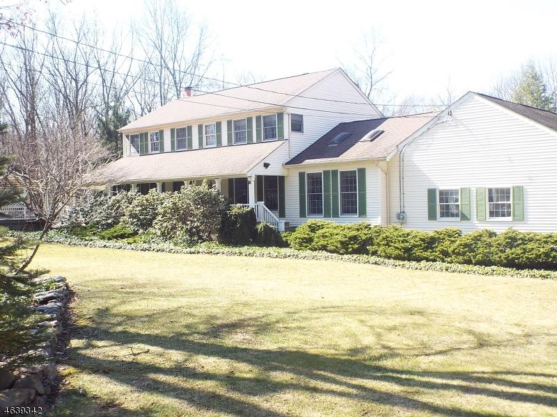 Частный односемейный дом для того Аренда на 15 Valley Road Rockaway, 07866 Соединенные Штаты