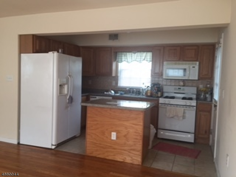 Additional photo for property listing at 28 Brinkerhoff Place  Passaic, 新泽西州 07055 美国