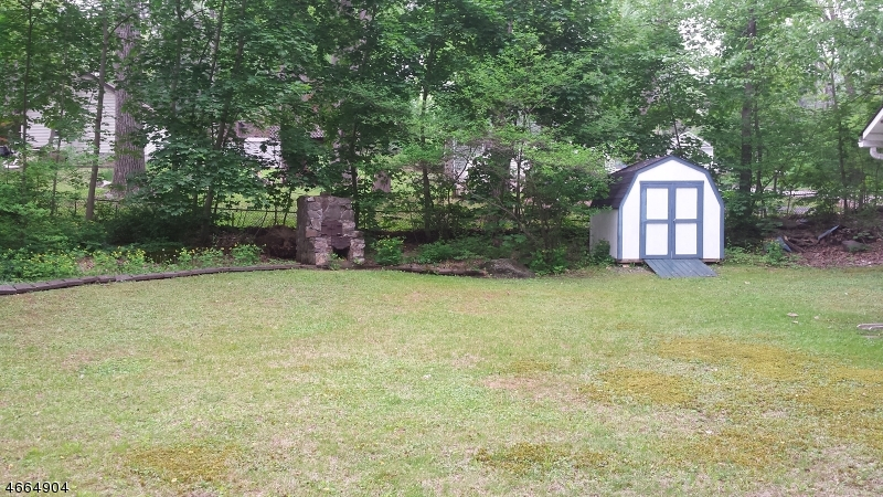 Additional photo for property listing at 30 Smith Street  Blairstown, New Jersey 07825 États-Unis