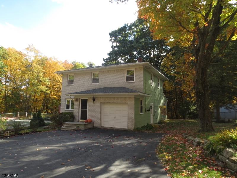 Casa Unifamiliar por un Venta en 440 Cherry Ridge Road Highland Lakes, Nueva Jersey 07422 Estados Unidos