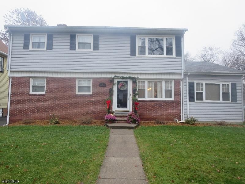 Многосемейный дом для того Продажа на 3 Retford Avenue Cranford, Нью-Джерси 07016 Соединенные Штаты