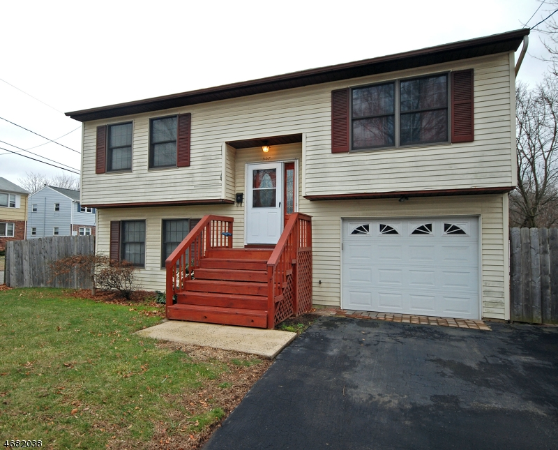 Single Family Home for Rent at Address Not Available Dunellen, New Jersey 08812 United States