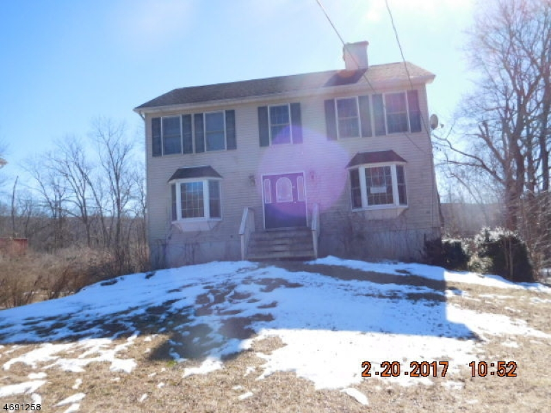 Single Family Home for Sale at 40 Quarry Road Hamburg, 07419 United States