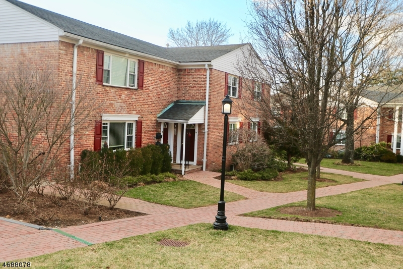 独户住宅 为 出租 在 67-73 NEW ENGLAND AVE 73C 萨米特, 07901 美国