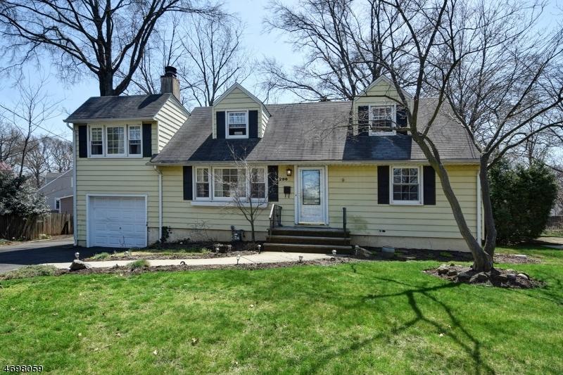 Casa Unifamiliar por un Venta en 298 La Grande Avenue Fanwood, Nueva Jersey 07023 Estados Unidos