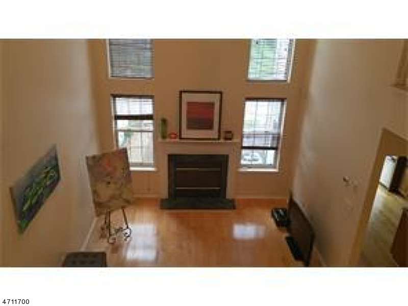 Single Family Home for Sale at 39 Knox Ct Plainsboro, New Jersey 08536 United States