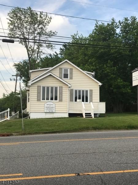 Comercial por un Venta en 28 Marshall Hill Road West Milford, Nueva Jersey 07480 Estados Unidos