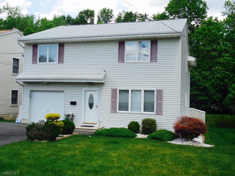 Single Family Home for Sale at 22 Lake Shore Drive Lake Hiawatha, New Jersey 07034 United States