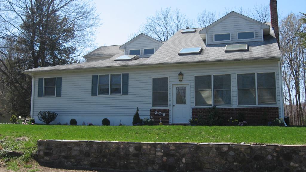Частный односемейный дом для того Аренда на 206 Ryerson Rd-A Lincoln Park, Нью-Джерси 07035 Соединенные Штаты