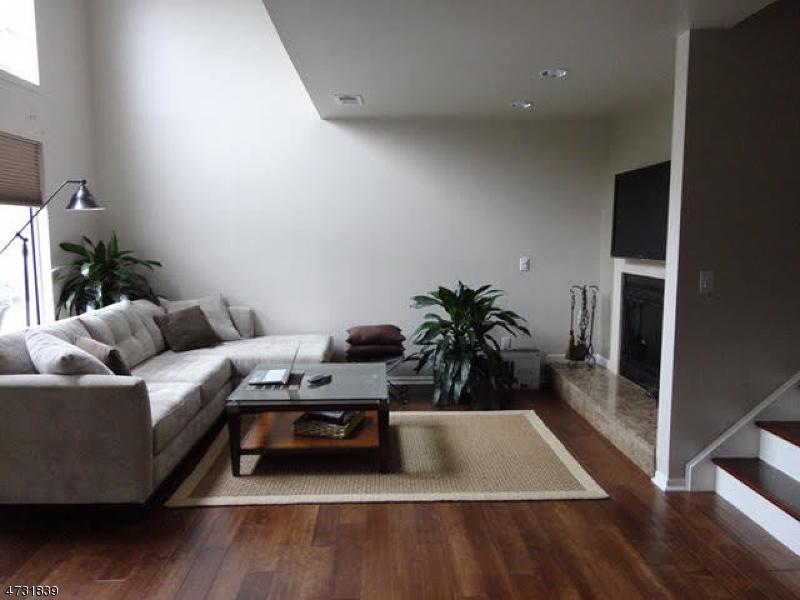 Maison unifamiliale pour l à louer à 4 Crestmont Road Bedminster, New Jersey 07921 États-Unis