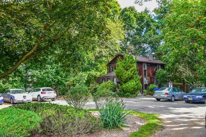 商用 为 销售 在 805 Ringwood Avenue 朋普顿雷克, 新泽西州 07442 美国