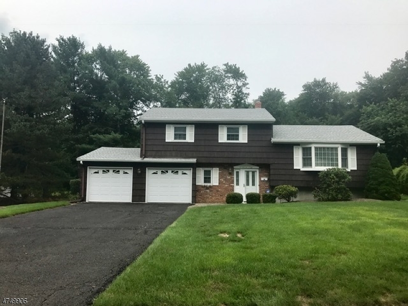 Single Family Home for Sale at 24 Rustic Drive Waldwick, New Jersey 07463 United States