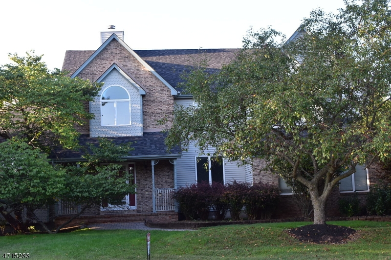 Maison unifamiliale pour l à louer à 26 Polhemus Drive Hillsborough, New Jersey 08844 États-Unis