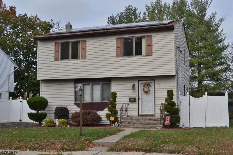 Частный односемейный дом для того Продажа на 21 Harley Place Saddle Brook, Нью-Джерси 07663 Соединенные Штаты