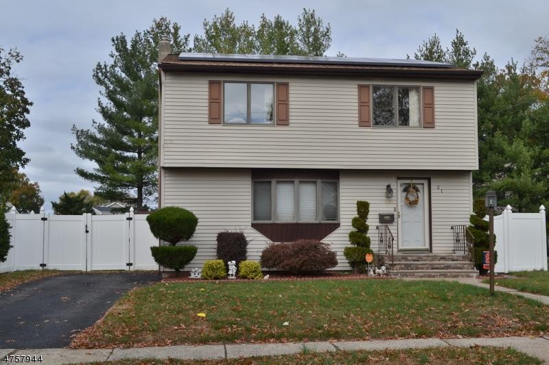 独户住宅 为 销售 在 21 Harley Place 德尔布鲁克, 新泽西州 07663 美国