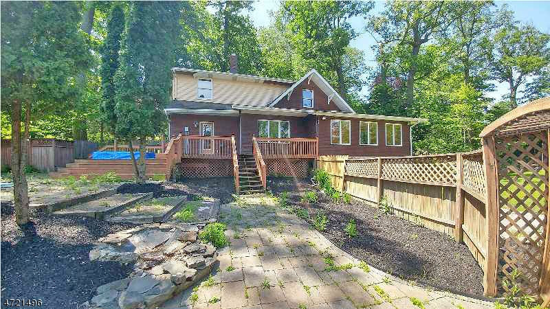 Additional photo for property listing at 457 Lakeside Blvd 457 Lakeside Blvd Hopatcong, Нью-Джерси 07843 Соединенные Штаты