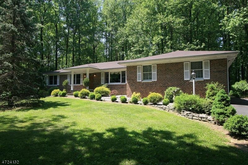 Частный односемейный дом для того Аренда на 345 Martinsville Road Bernards Township, Нью-Джерси 07920 Соединенные Штаты