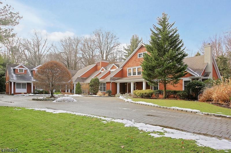 Частный односемейный дом для того Продажа на 1450 Rahway Road 1450 Rahway Road Scotch Plains, Нью-Джерси 07076 Соединенные Штаты