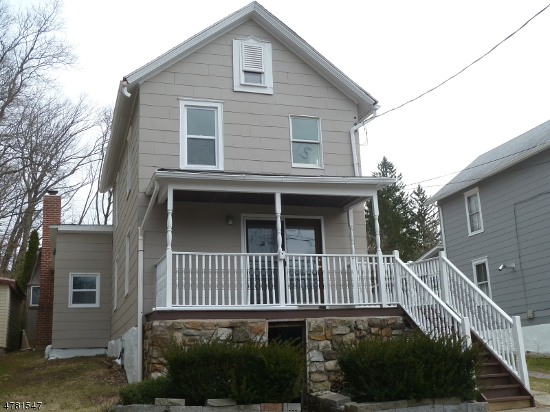 Частный односемейный дом для того Продажа на 342 State Route 31 Oxford, Нью-Джерси 07863 Соединенные Штаты
