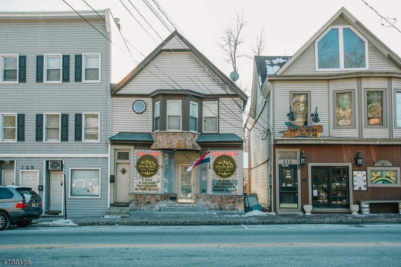 Huis voor meerdere gezinnen voor Verkoop op 131 Main Street Bloomingdale, New Jersey 07403 Verenigde Staten