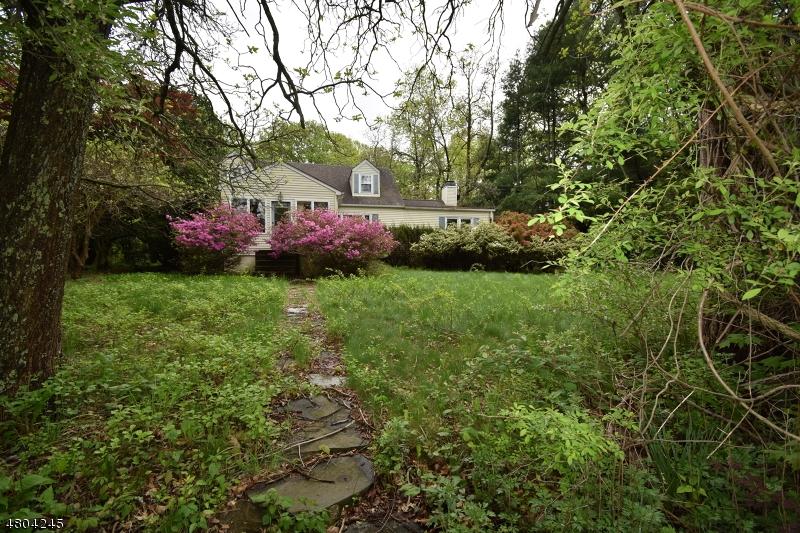 Maison unifamiliale pour l Vente à 2 Doby Road Randolph, New Jersey 07869 États-Unis