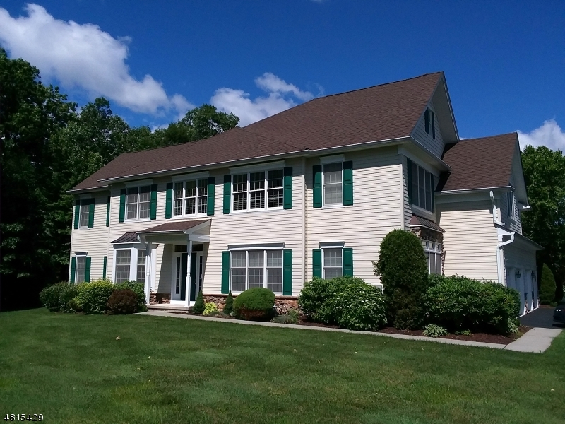 Condo / Townhouse for Sale at 8 N MACKENZIE Lane Denville, New Jersey 07834 United States