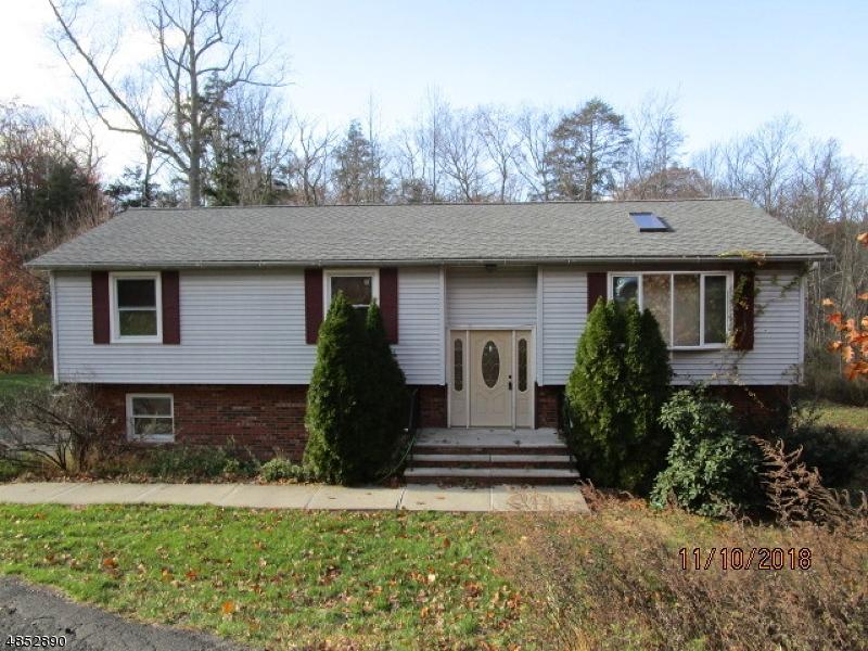 91 BAYONNE Drive  West Milford, New Jersey 07421 Förenta staterna