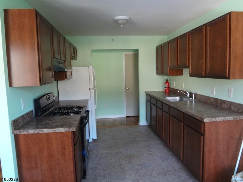 Property pour l à louer à 401 HWY 22 North Plainfield, New Jersey 07060 États-Unis