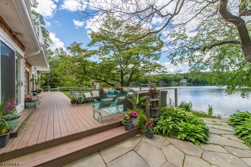 Single Family Home for Sale at 19 E SHORE RD 19 E SHORE RD Mountain Lakes, New Jersey 07046 United States