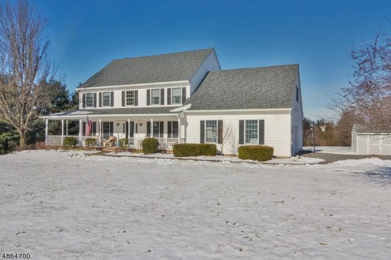 Enfamiljshus för Försäljning vid 336 PLEASANT GROVE Road Washington, New Jersey 07853 Förenta staterna